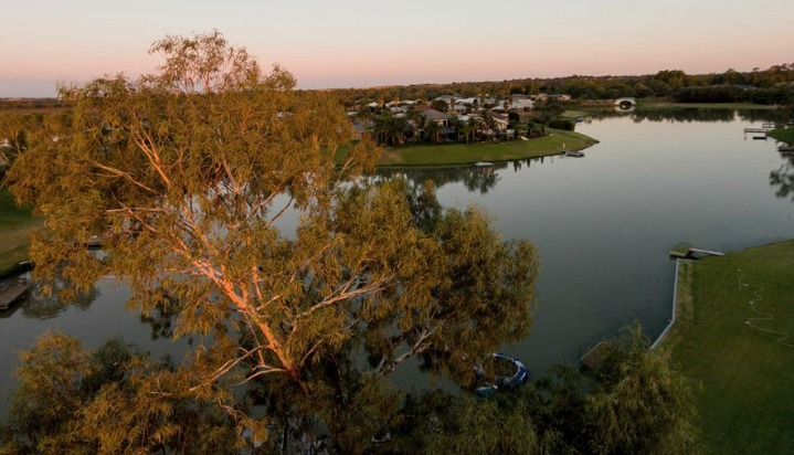 My little piece of Australia - Renmark. Where people get to look at this every day.